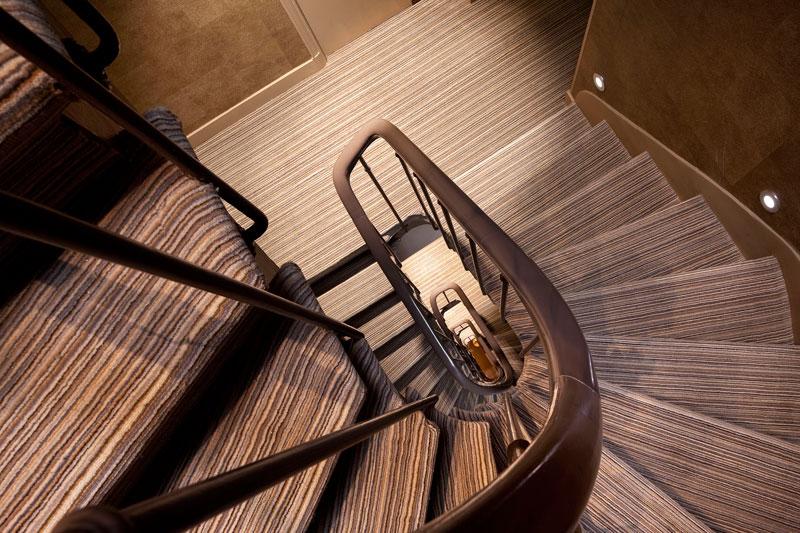 Escalier Hôtel Apollon